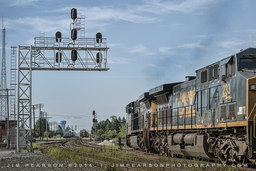 August 8, 2014 - CSX engines 460 and 233 take the northwest transfer track off the Pemberville Subdivision (Ex C&O) as it moves west toward Chicago, IL (on the Ex B&O) at Fostoria, Ohio.