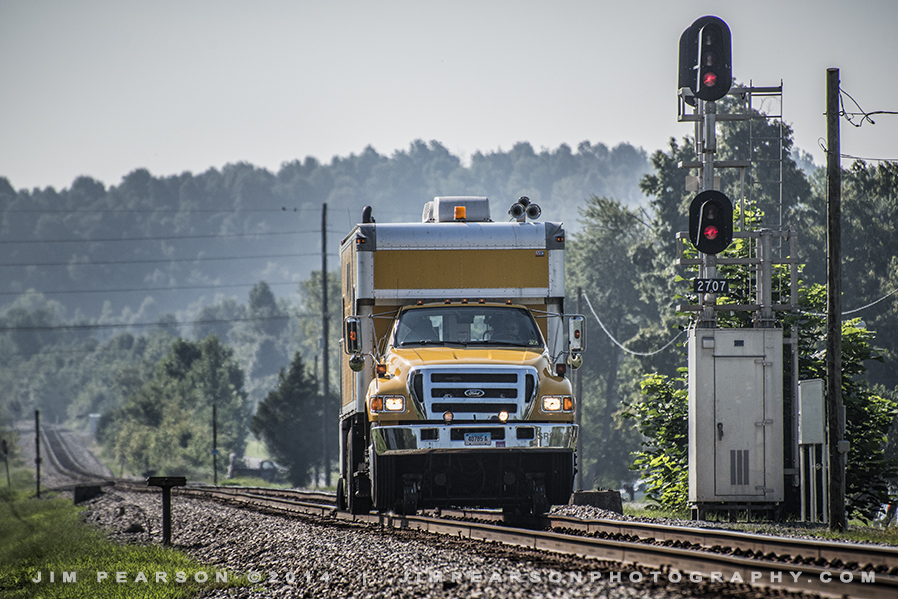 August 29, 2014 - A Sperry Rail Service inspection truck makes it's way northbound, passing the signals at Earlington, Ky on CSXs Henderson Subdivision.