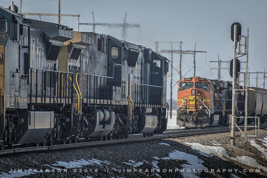 03.07.15 CSX GZ104 meets G038 at South Rankin, Ky
