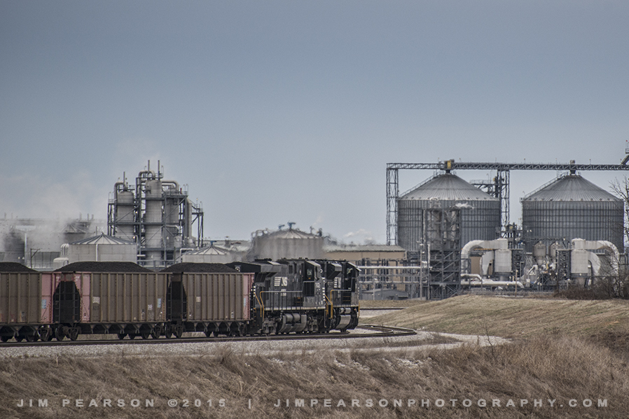 03.18.15 NS NDN1 Headed to Ethnol Plant at West Franklin, In