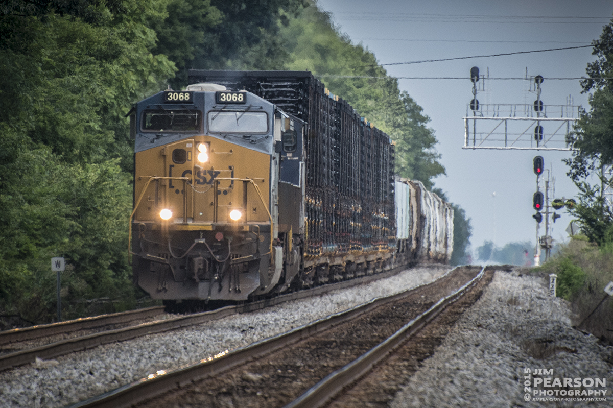 July 22, 2015 - CSX X788 pulls away from the north end of Pembroke as it heads through the the north end of Casky on track 2 as it makes it's way north on the Henderson Subdivision. - Tech Info: 1/2000sec, f/5.6, ISO 720, Lens: Nikon 70-300 @ 300mm with a Nikon D800 shot and processed in RAW.