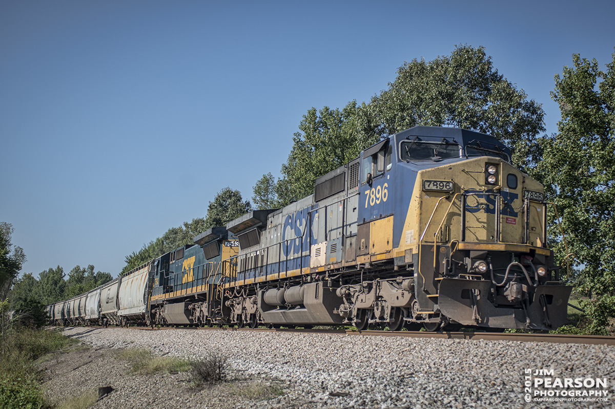 September 8, 2015 - CSX Q588 heads into the south end of Romney siding as it moves its mixed freight train north on the Henderson Subdivision at Nortonville, Ky. - Tech Info: 1/1000sec, f/4, ISO 125, Lens: Sigma 24-70 @ 40mm on a Nikon D800 shot and processed in RAW.