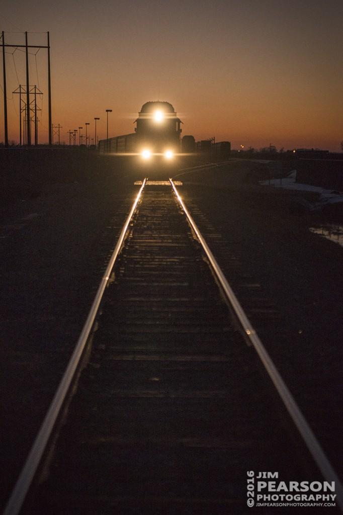 January 27, 2016 - Road & Rail Services locomotive CEFX 3034 works on building a autorack train at the Toyota Plant in Princeton, Indiana as the last light of the day fades in the west. - Tech Info: 1/2500 | f/2.8 | ISO 2000 | Lens: Sigma 24-70 @ 70mm with a Nikon D800 shot and processed in RAW.