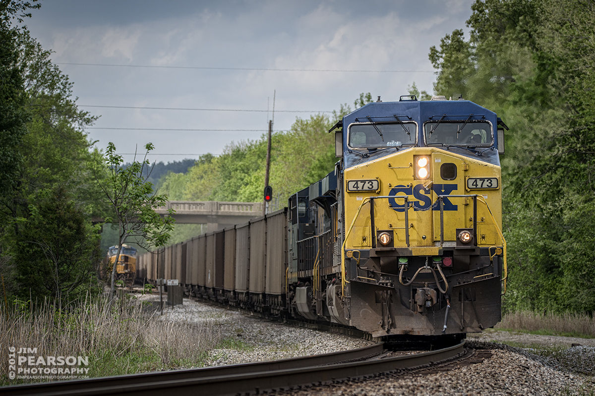 April 26, 2016 - CSX loaded coal train N302-25 heads south at Nortonville, Ky after passing another loaded coal train in the siding that was undergoing a crew change on the Henderson Subdivision. - Tech Info: 1/1250 | f/5.6 | ISO 360 | Lens: Sigma 150-600 @ 210mm on a Nikon D800 shot and processed in RAW.
