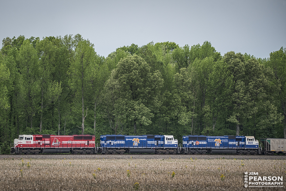 April 29, 2016 - Paducah & Louisville Railway LG2 (Louisville Gas & Electric coal train) travels through the countryside heading east on CSX's Morganfield Branch as CSX Z462-29, approaching Nebo, Ky, with engines, UofL 2013, UK 2012 and UK 4522 as power. - Tech Info: 1/1600 | f/5.3 | ISO 800 | Lens: Sigma 150-600 lens @ 220mm on a Nikon D800 shot and processed in RAW.